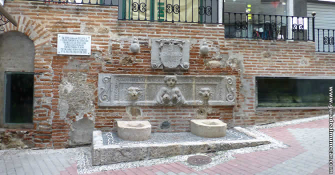 Pilar de Felipe II en Almuñécar.
