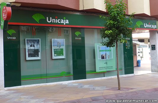 unicaja banco en almu car
