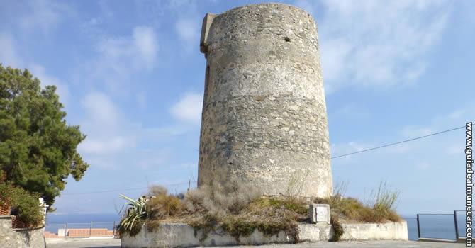 Torre Vigía Los Pinos, Almuñécar.
